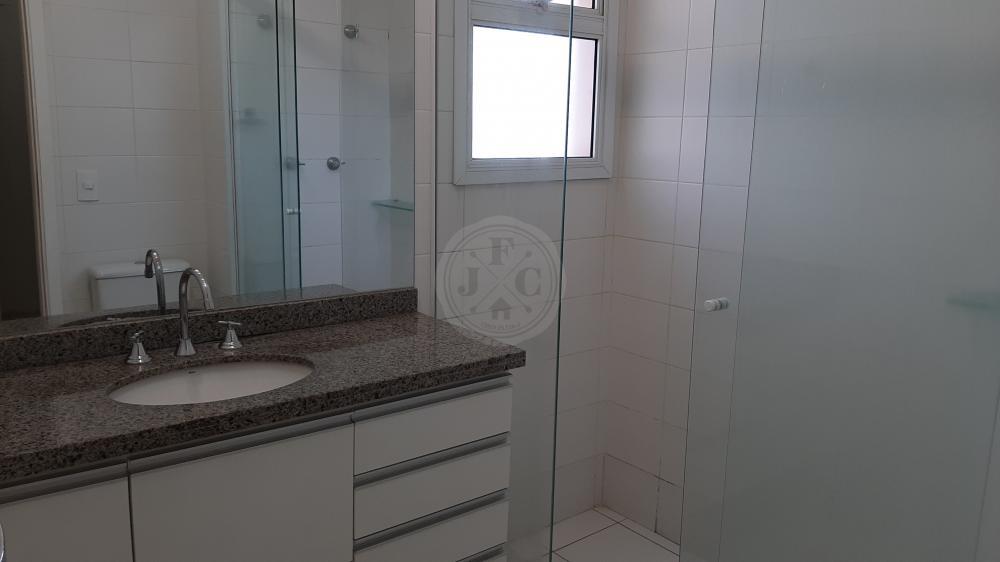 Apartamento à venda no Vila do Golf: Banheiro Suíte Master
