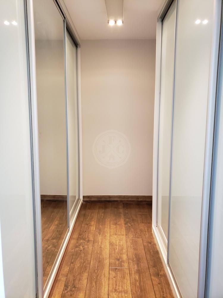 Apartamento para aluguel no Jardim Santa Ângela: Closet suíte máster