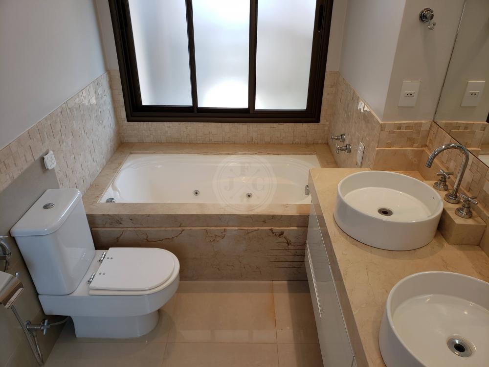 Apartamento para aluguel no Jardim Santa Ângela: Banheiro suíte máster