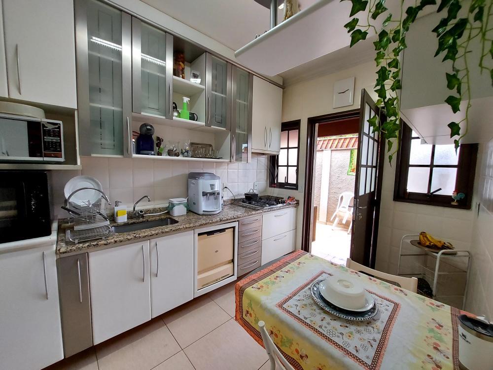 Casa à venda no Residencial Flórida: cozinha