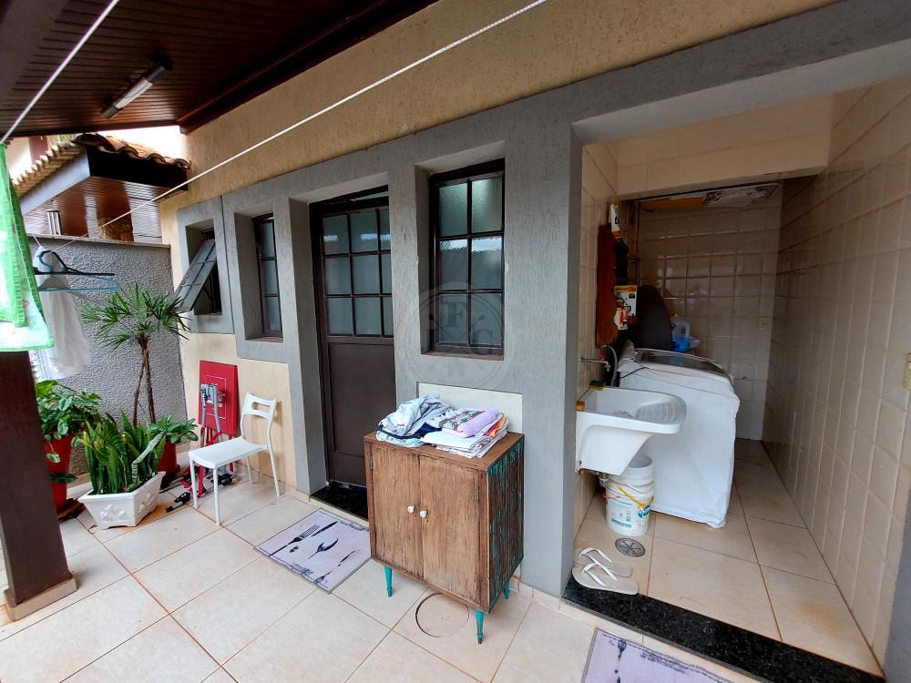 Casa à venda no Residencial Flórida: serviço