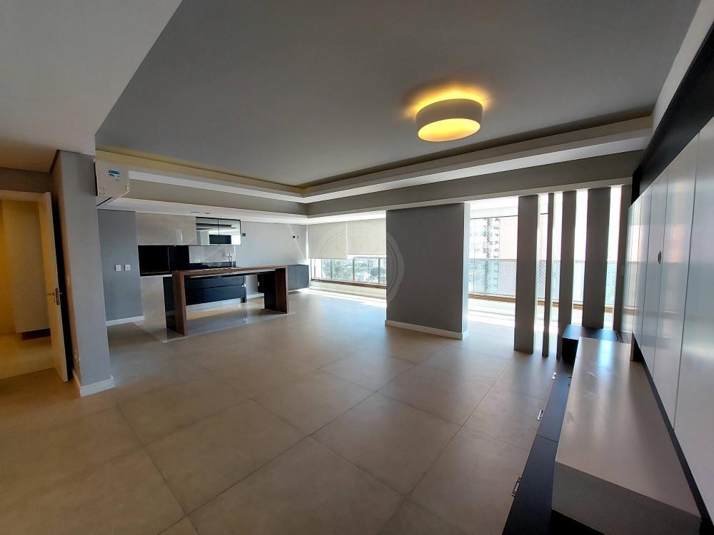 Exclusivo apartamento à venda com 4 dormitórios sendo 2 suítes no bairro Jardim Botânico.