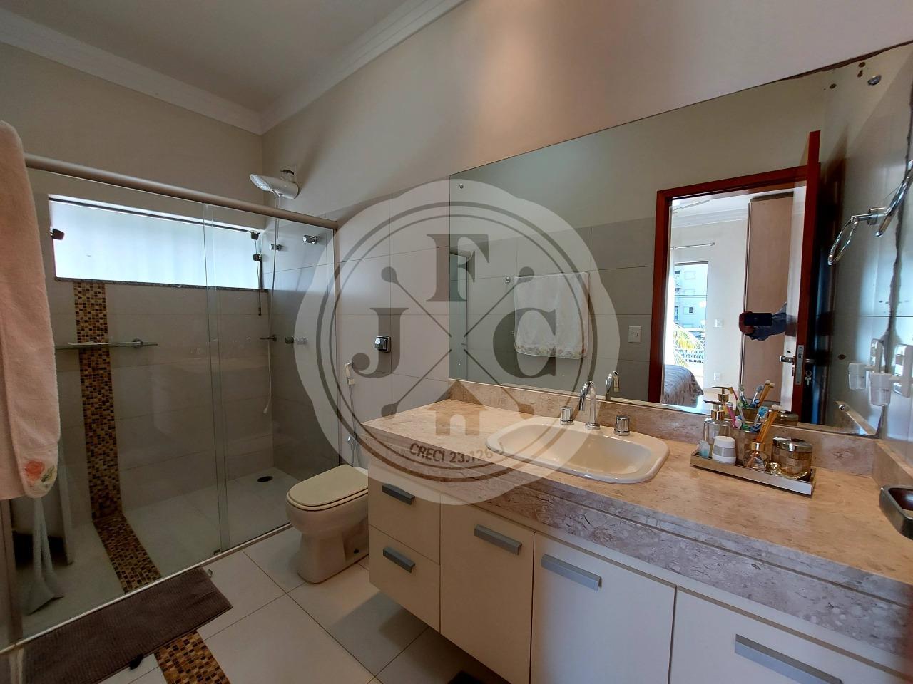 Casa em Condomínio à venda no Bosque das Juritis: Banheiro Suíte 3
