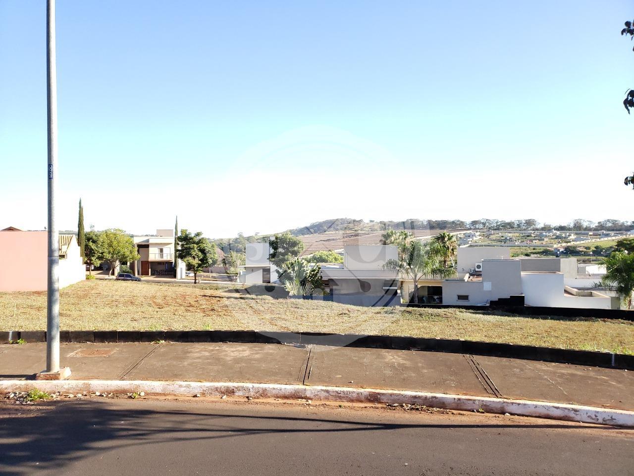 Lote em ilha à venda no condomínio Vista Bella com 550 m²