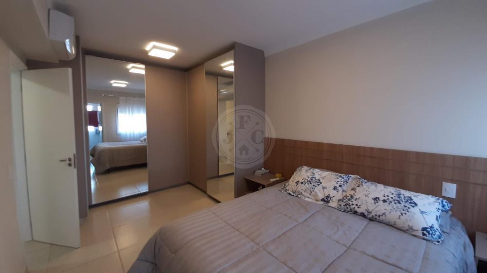 Apartamento à venda no Quinta da Primavera: Suíte Master
