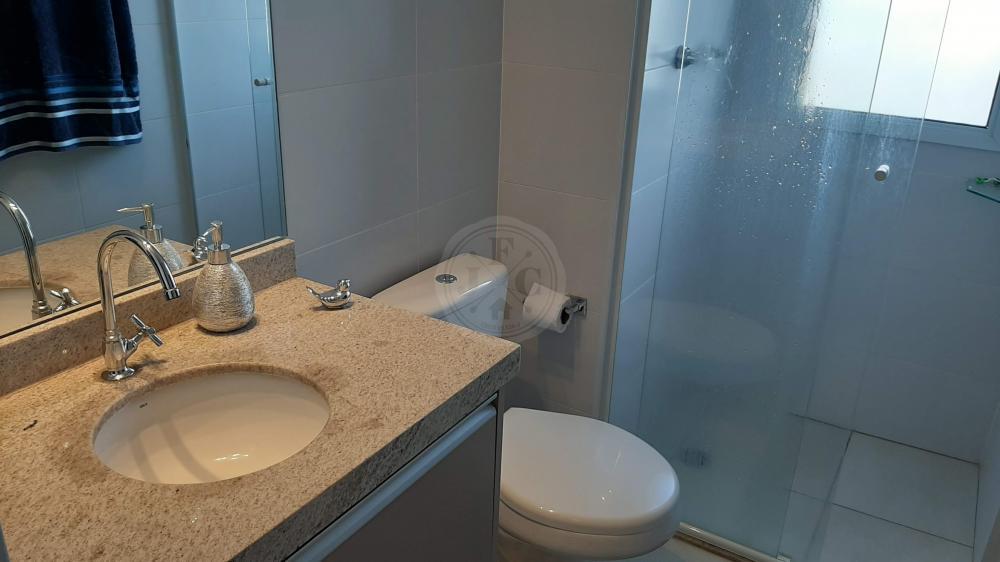 Apartamento à venda no Quinta da Primavera: banheiro suíte 2