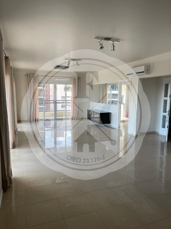 Apartamento à venda com 3 suítes e 228m² no bairro Higienópolis.