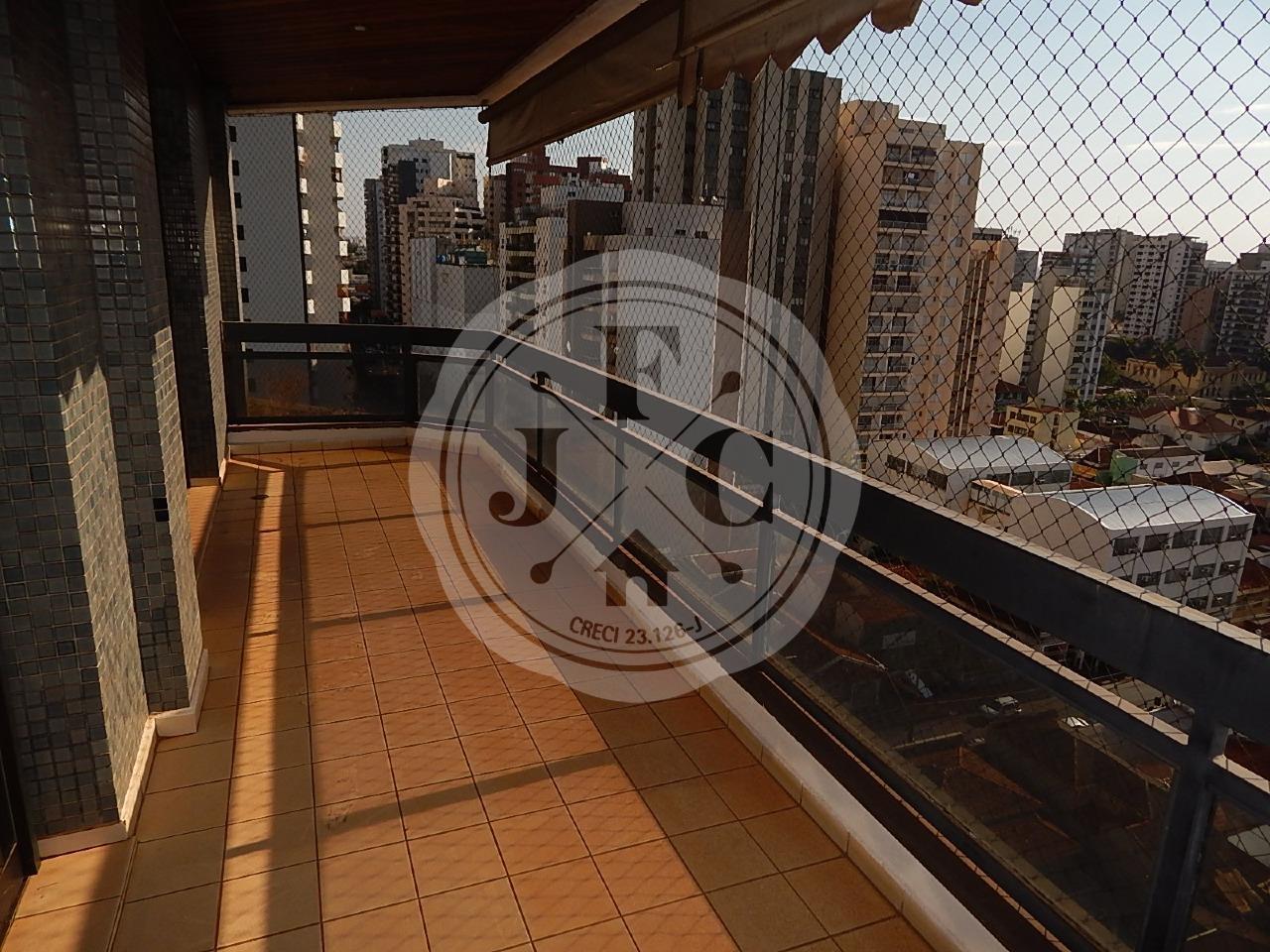 Apartamento à venda, 3 dormitórios ao lado do Shopping Santa Úrsula.