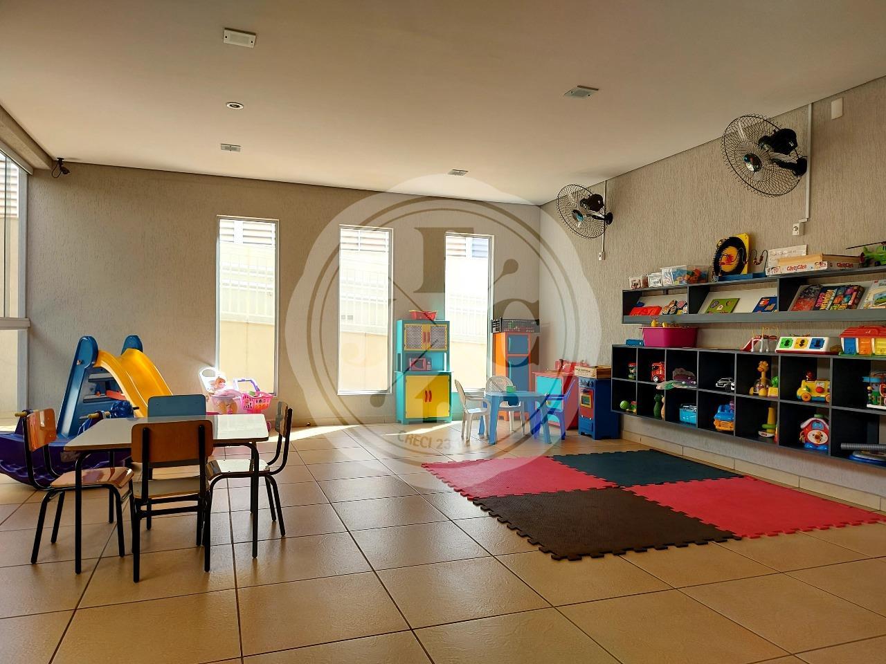 Apartamento para aluguel no Jardim Botânico: Brinquedoteca