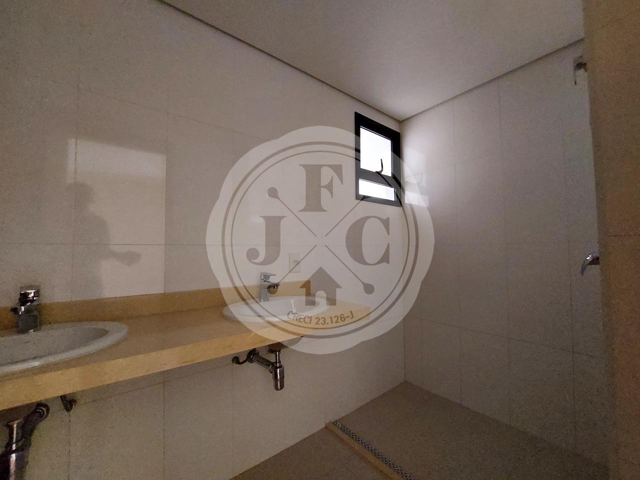 Apartamento à venda no Bosque das Juritis: Banheiro Suíte 1
