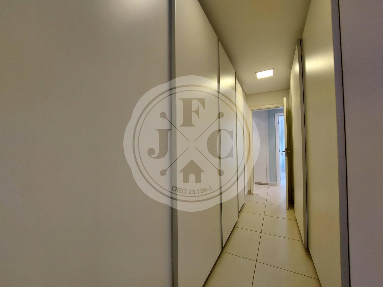 Apartamento para aluguel no Bosque das Juritis: Suíte 1 Closet