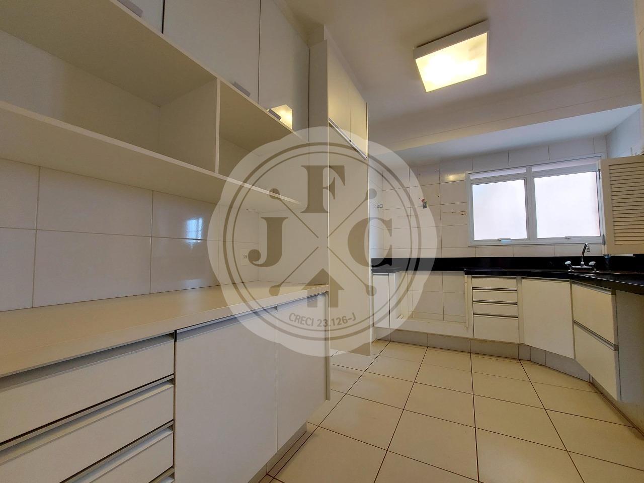 Apartamento para aluguel no Bosque das Juritis: Cozinha Planejada