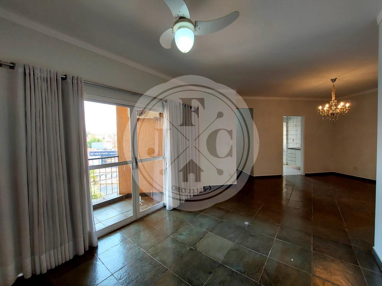 Apartamento para locação com 2 dormitórios, área de lazer no bairro Vila Amélia.