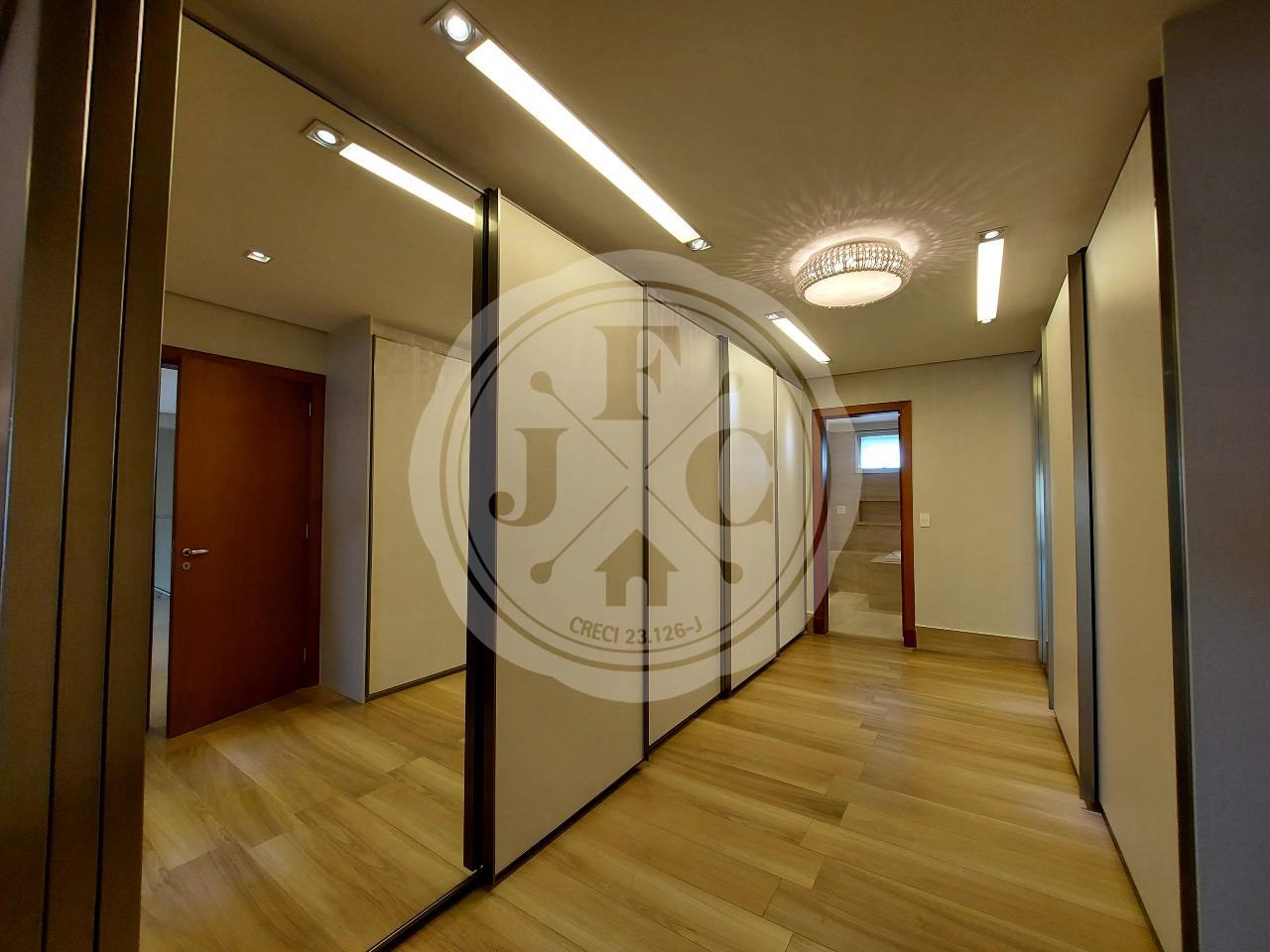 Apartamento para aluguel no Residencial Morro do Ipê: Suíte 1 Closet