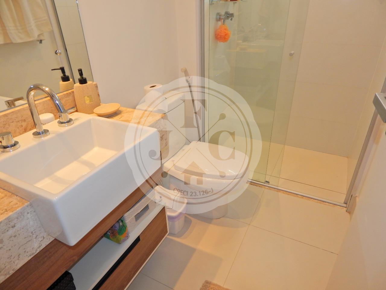 Apartamento à venda no Bosque das Juritis: Banheiro