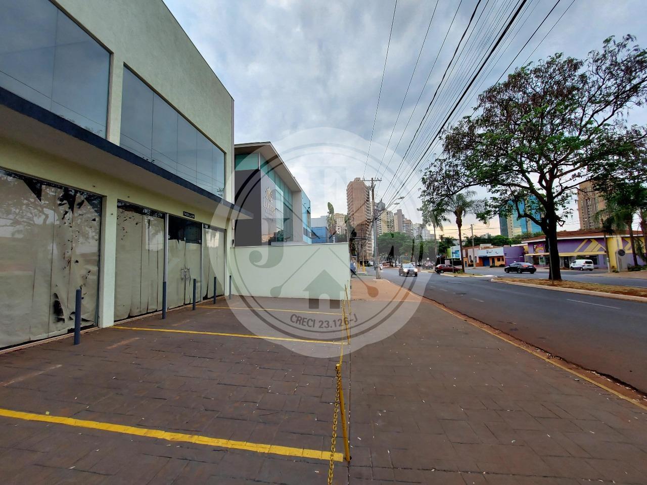 Imóvel comercial para locação na Avenida Fiusa.