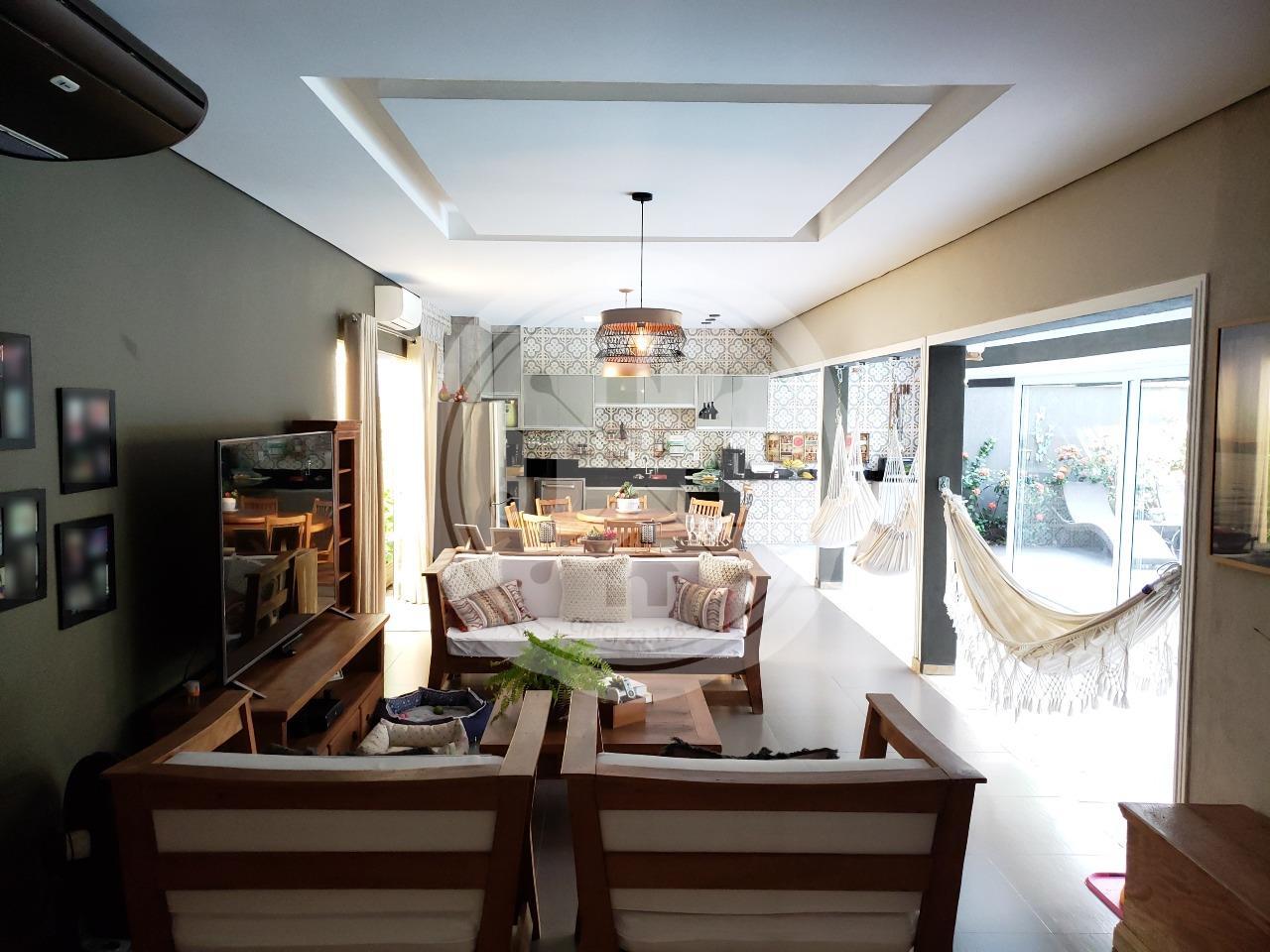 Casa em Condomínio à venda no Vila do Golf: espaço gourmet