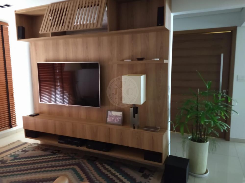 Apartamento à venda no Ribeirânia: home theater