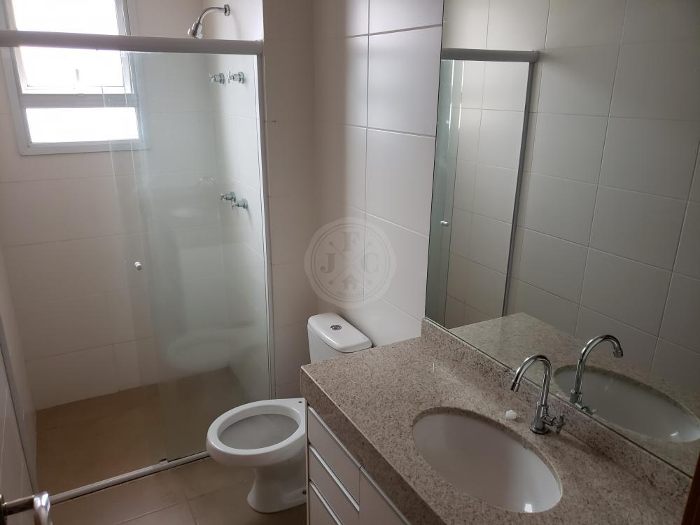 Apartamento para aluguel no Nova Aliança: Banheiro suíte 3