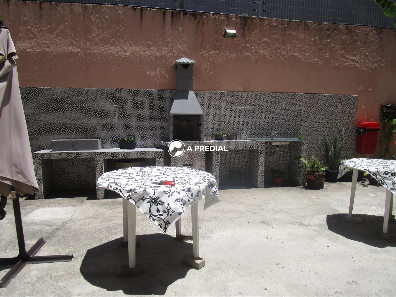 Apartamento à venda no Varjota: