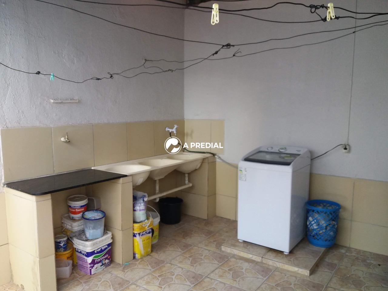 Casa para aluguel no Maraponga: área de serviço Casa Maraponga