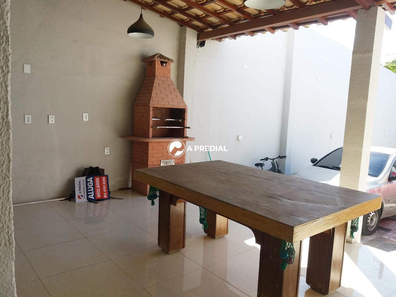 Casa para aluguel no Maraponga: varanda Casa Maraponga