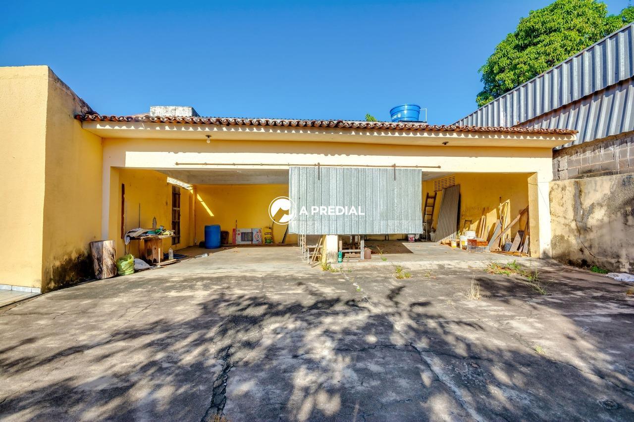 Casa para aluguel no Joaquim Távora: quintal Casa Joaquim Távora