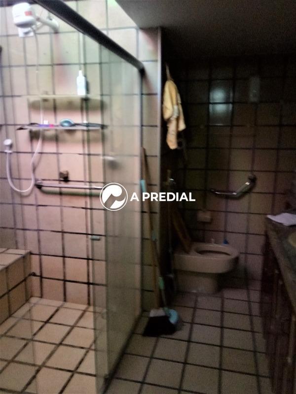 Casa para aluguel no Edson Queiroz: