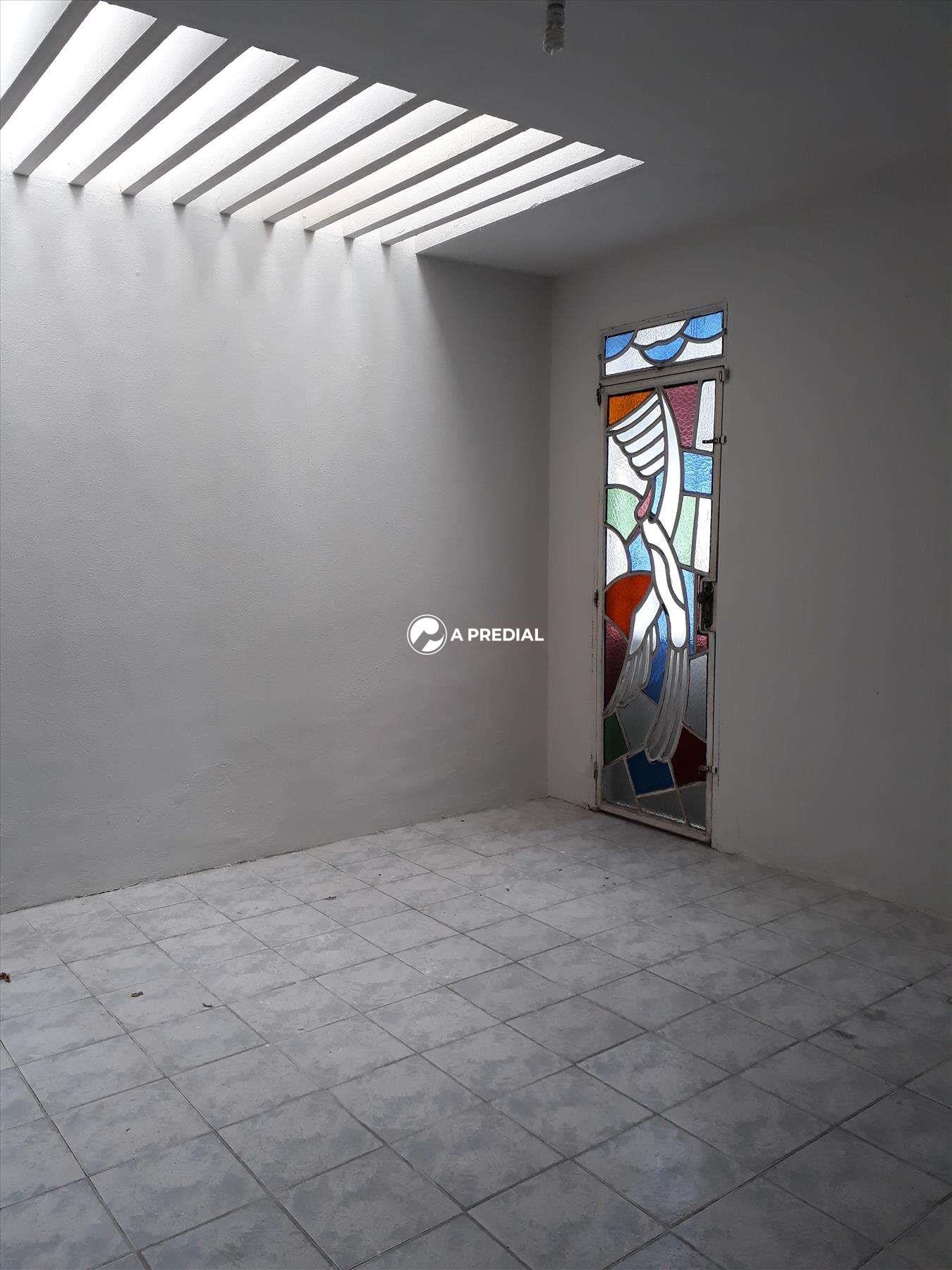 Casa à venda no Cambeba: SALA DE JANTAR