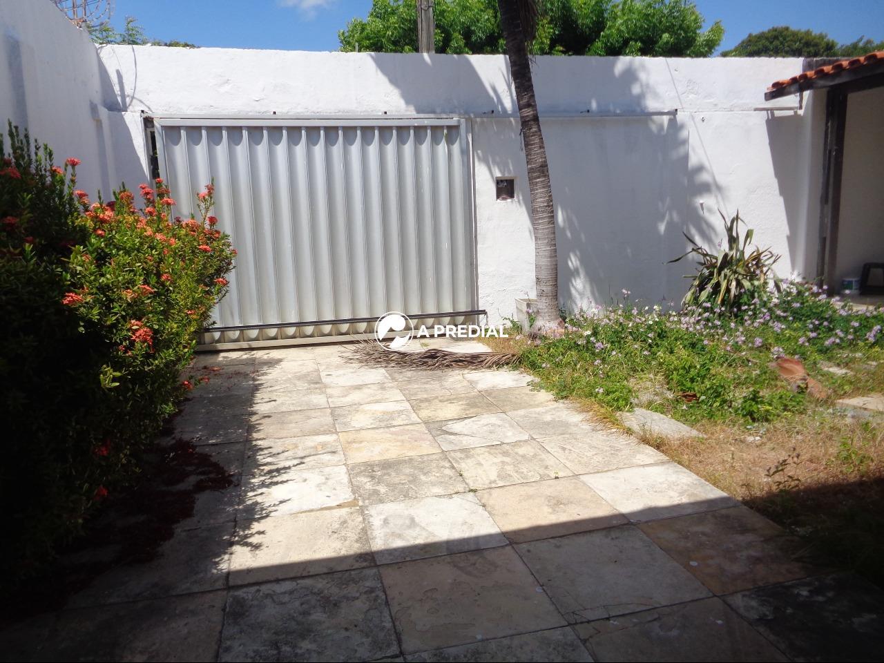 Casa à venda no Cambeba: