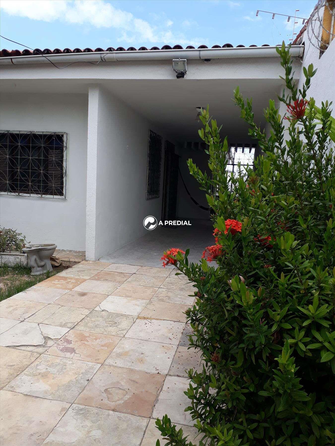 Casa à venda no Cambeba: VARANDA