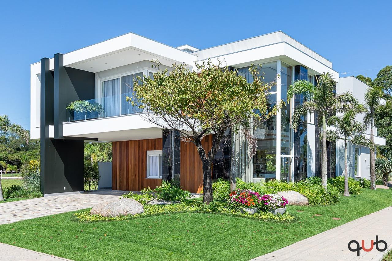 Sobrado à venda, 5 quartos, 5 suítes, 2 vagas, Condomínio Velas da Marina - Capão da Canoa/RS
