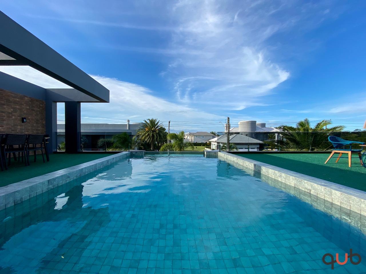 Sobrado à venda, 4 quartos, 4 suítes, 2 vagas, Condomínio Velas da Marina - Capão da Canoa/RS