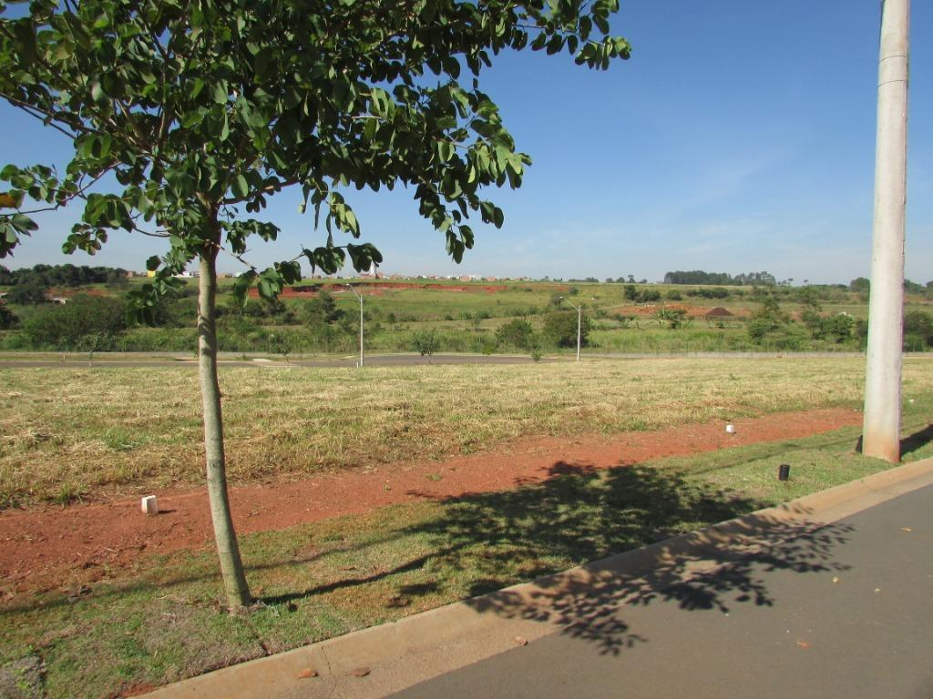 Terreno em Condomínio para comprar, no bairro Água Branca em Piracicaba - SP