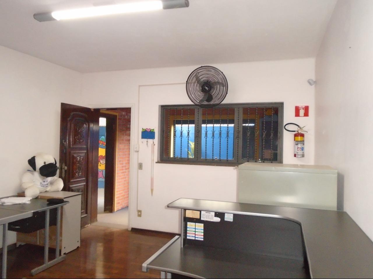 Casa para alugar, 5 quartos, 2 suítes, 1 vaga, no bairro Santa Terezinha em Piracicaba - SP