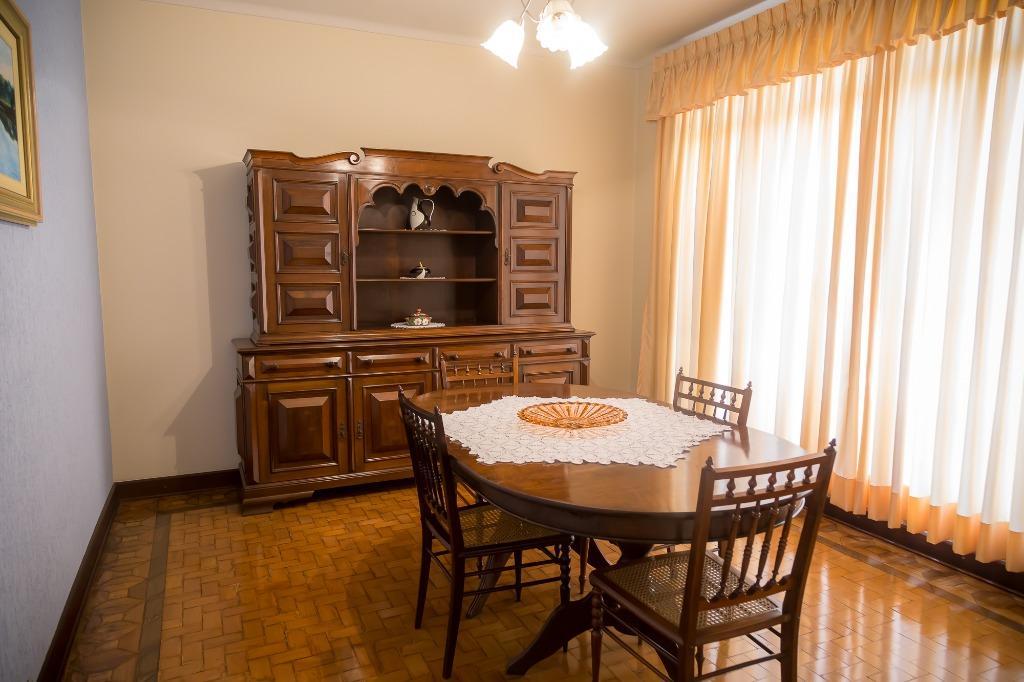 Casa para comprar, 3 quartos, 2 vagas, no bairro Centro em Piracicaba - SP
