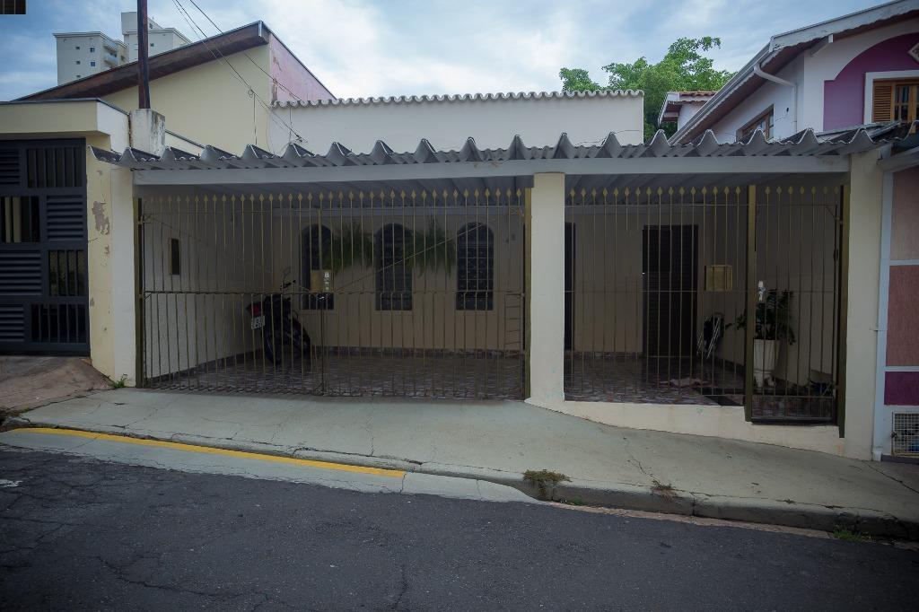Casa para comprar, 3 quartos, 1 suíte, 2 vagas, no bairro Alto em Piracicaba - SP