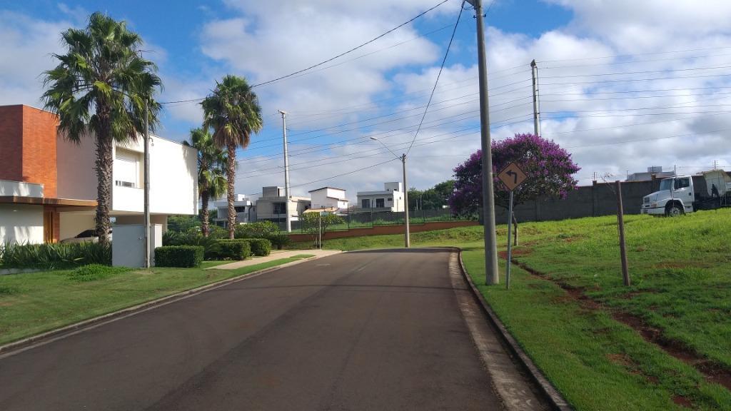 Terreno em Condomínio para comprar, no bairro Alphaville Piracicaba em Piracicaba - SP