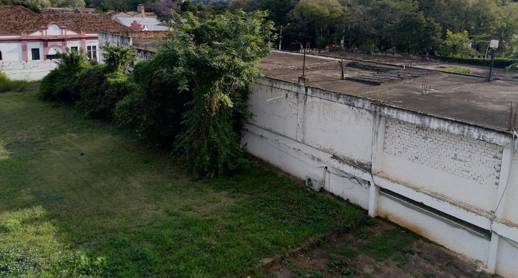 Área para comprar, no bairro Centro em Piracicaba - SP