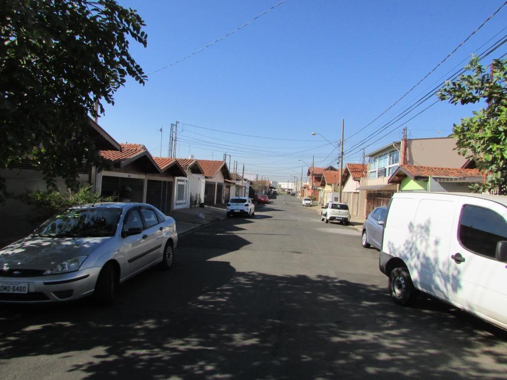 Edícula para comprar, 1 quarto, 3 vagas, no bairro Santa Terezinha em Piracicaba - SP