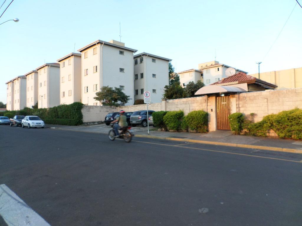 Apartamento para comprar, 2 quartos, 1 vaga, no bairro Jardim Santa Isabel em Piracicaba - SP