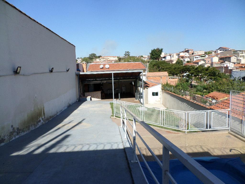 Casa para comprar, 2 quartos, 4 vagas, no bairro Vila Cristina em Piracicaba - SP