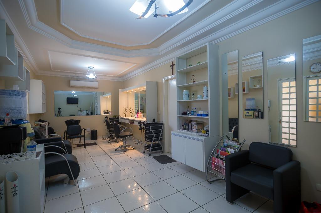 Casa para comprar, 3 quartos, 1 suíte, 3 vagas, no bairro São Luiz em Piracicaba - SP