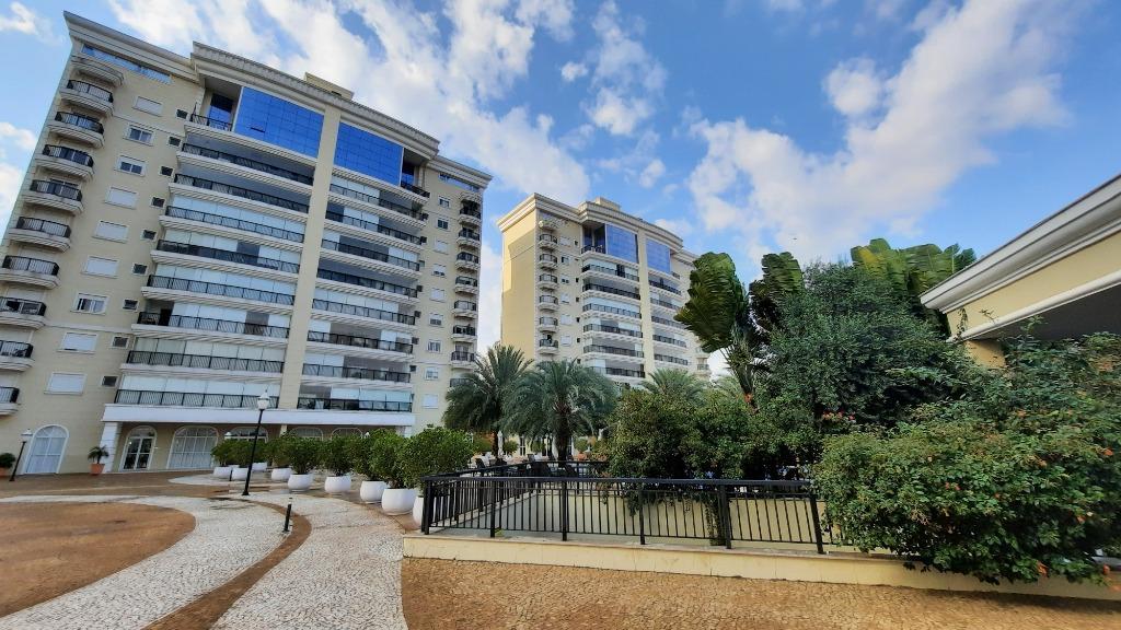 Apartamento para comprar, 3 quartos, 3 suítes, 4 vagas, no bairro Centro em Piracicaba - SP