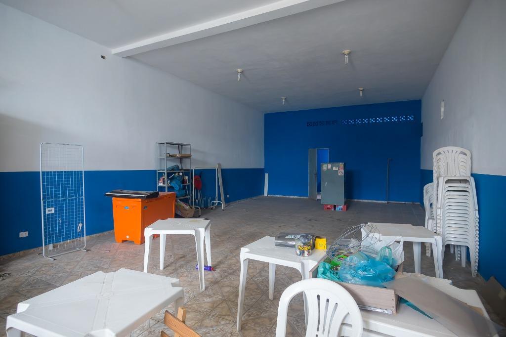 Salão para comprar, 2 vagas, no bairro Mário Dedini em Piracicaba - SP