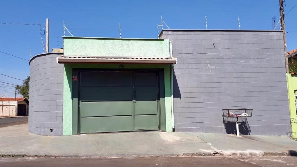 Edícula para comprar, 1 quarto, 2 vagas, no bairro Vila Industrial em Piracicaba - SP