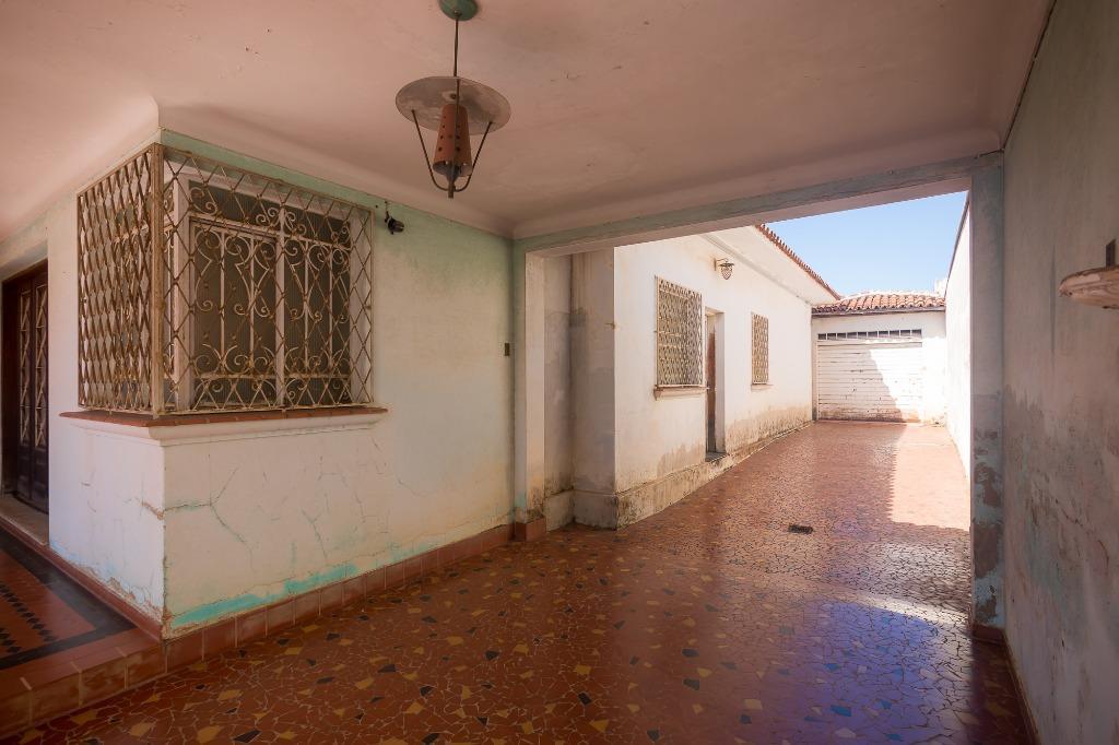 Casa para comprar, 3 quartos, 4 vagas, no bairro Centro em Piracicaba - SP