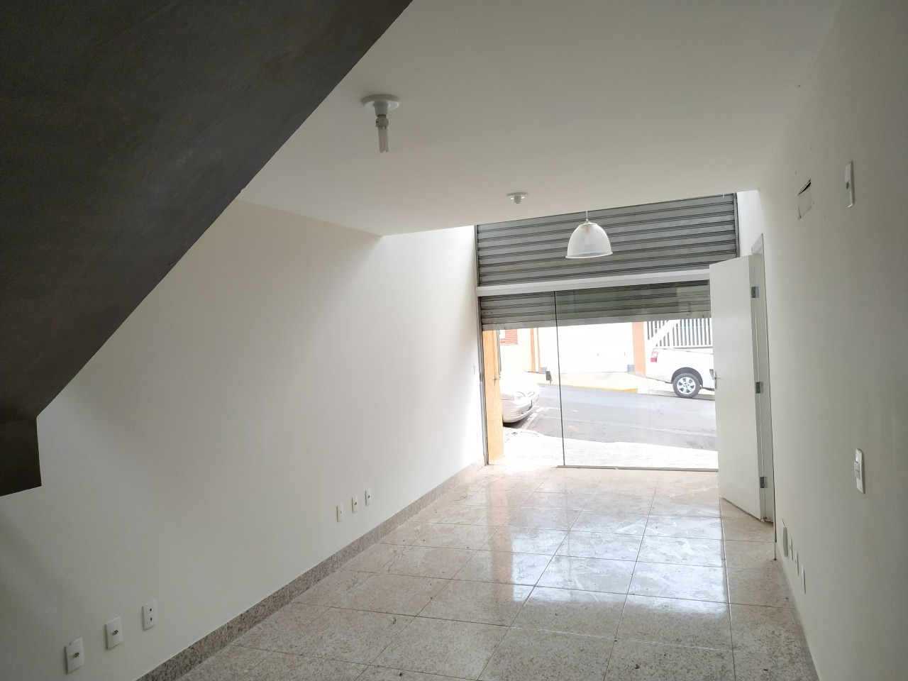 Salão para alugar, no bairro Centro em Rio das Pedras - SP