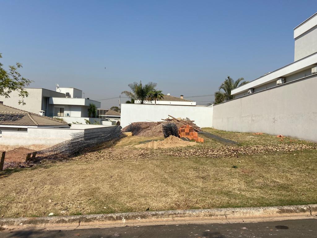 Terreno para comprar, no bairro Damha em Piracicaba - SP