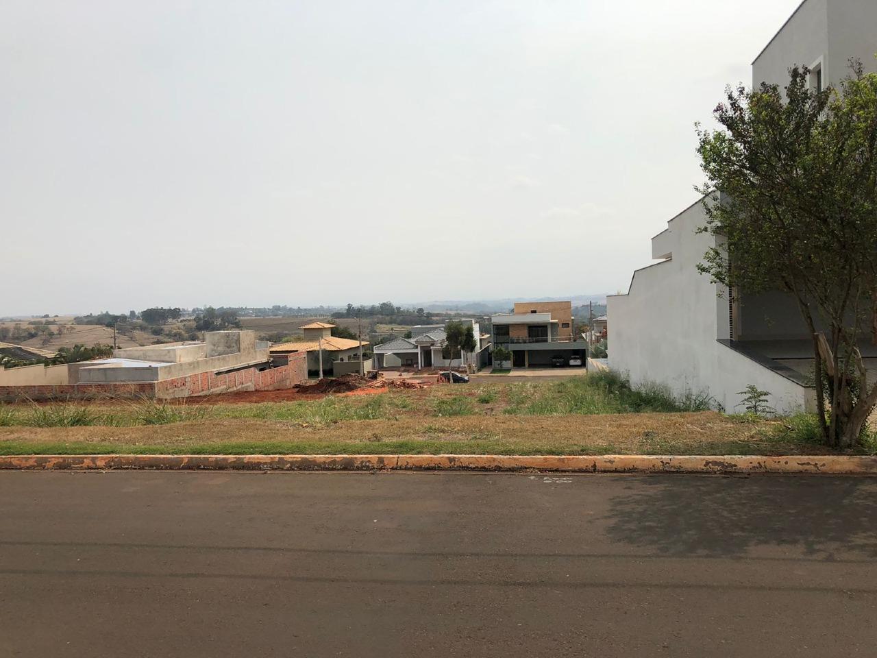 Terreno em Condomínio para comprar, no bairro Morato em Piracicaba - SP